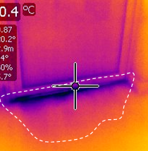 Thermogram illustrating defective door seal